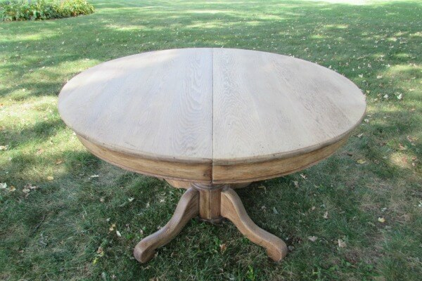 sanding farmhouse dining set