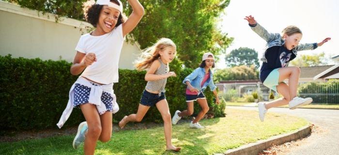 40 Cheap Summer Activities For Kids That Won't Break The Bank